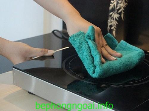 Những điều cần biết khi vệ sinh bếp hồng ngoại